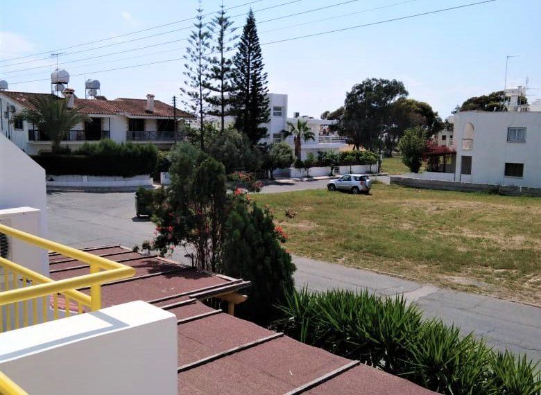 Chara Court 11 View