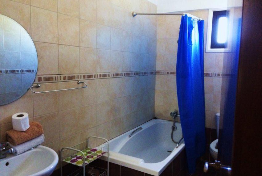 anastasia 5 bathroom