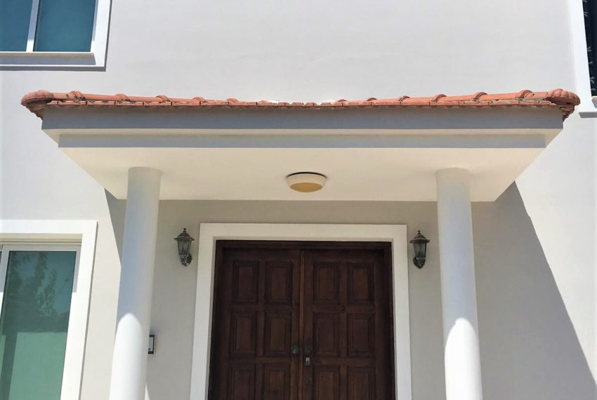 Veras House Entrance 2
